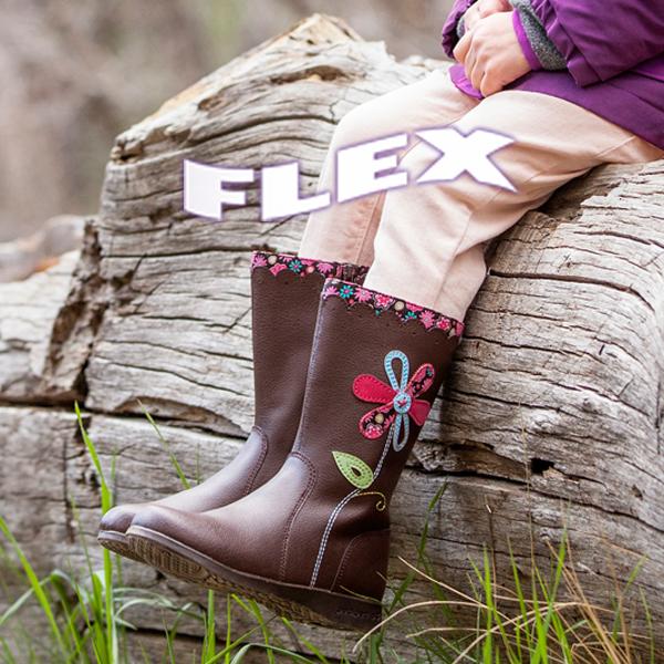c681cf1d8325 ... anatómiailag is megbízható felépítésű cipőkről! A pediped™Flex  tökéletes választás a nagyobb, ovis és kisiskolás gyerekek számára. flex