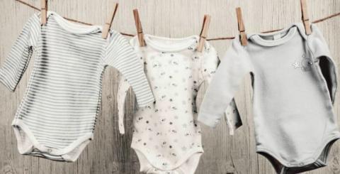 d5e3f236f874 Kevés ruhadarab okoz annyi fejtörést egy anyának, mint a gyerekcipő ...